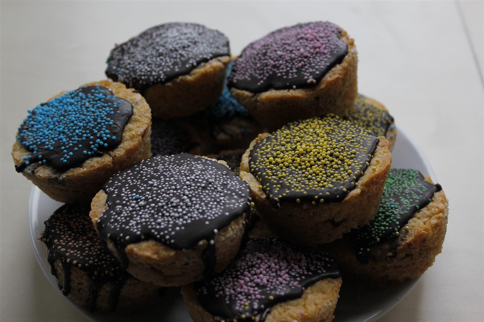 Vanille Cupcake/Muffins mit Schokoladenstückchen