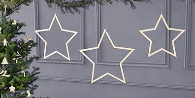 Deko Sterne aus Holz zum Aufhängen