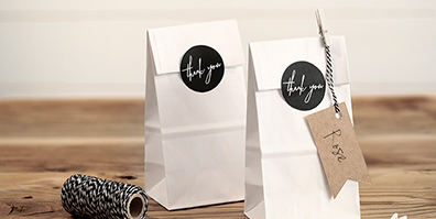 Papiertüten Geschenktüten Love Aufkleber