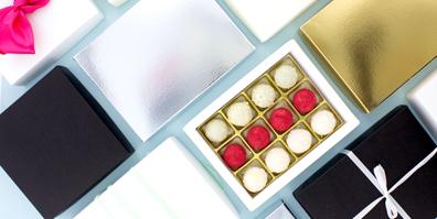 Verschiedene Schachteln für Pralinen