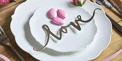 Gold Tisch Konfetti Love Hochzeit