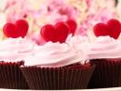 + Saisonales & Feste Günthart 150 Stück rot Schokoladen Herzen mit NougatfüllungFachwerk Häuser Valentinstag